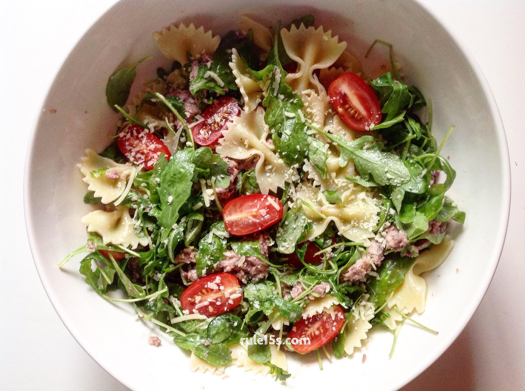 Салат с тунцом консервированным и сыром рецепт с пошаговым фото